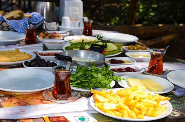 Çınaraltı Şelale Restaurant Kahvaltı
