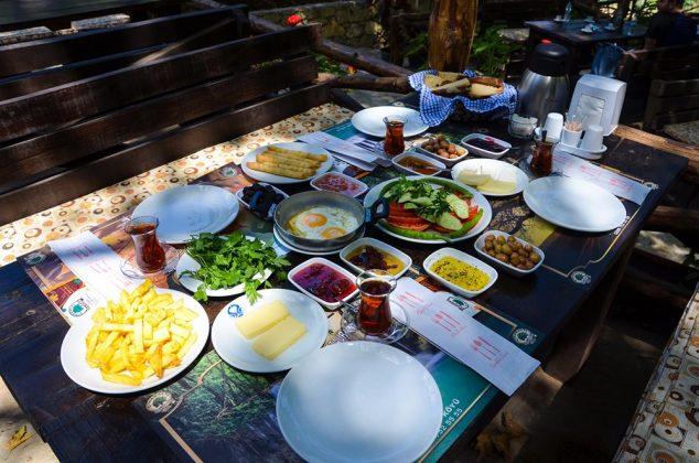 Kahvaltı Masası